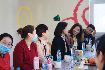 Tianjin orphanage team meets with PHF